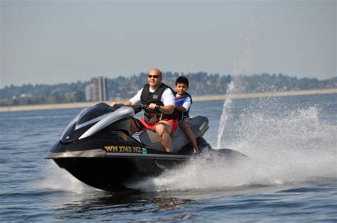 seattle love boat rental jet skiing in lake washington picture of bounce water
