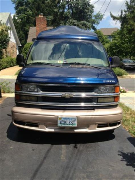chevrolet express luxury sell used 2002 chevy chevrolet express high top luxury