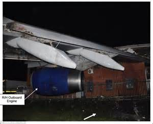 Winehouse Lighting Up On Board A Plane As Tour Quits by Airways Plane Crashed Into Building Thanks To
