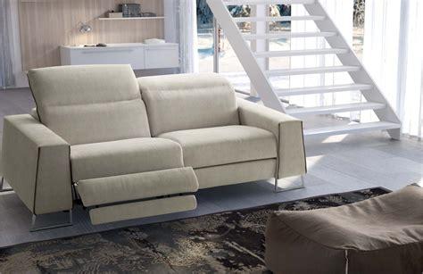 divano poltrona come abbinare divano poltrona arredamento