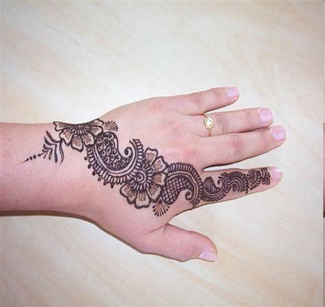 nasrin s me henna di 06 02 11