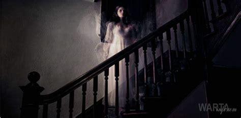 cerita hot dengan hantu foto penakan hantu kuntilanak cantik dalam masjid