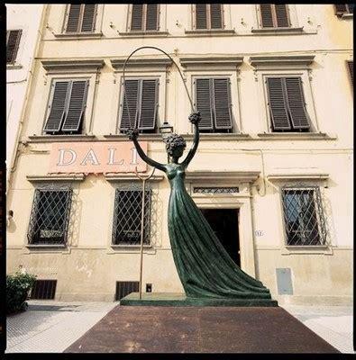 Vénus De Milo Aux Tiroirs by Sculptures Dali 224 Courchevel Toutpourlesfemmes
