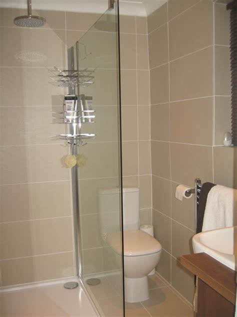 Wetroom En suite Make over by Stephen  Roman Showers