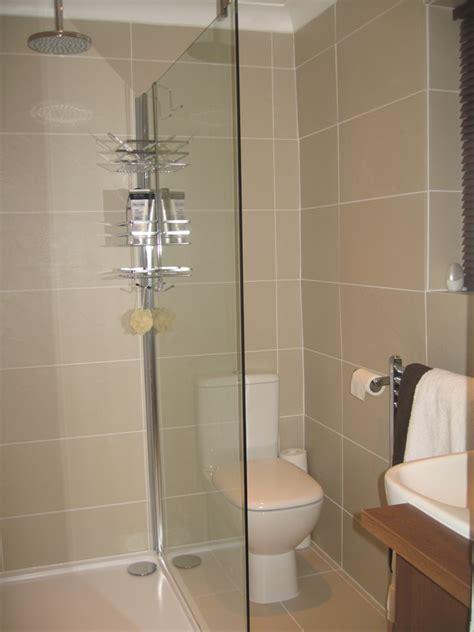 Wetroom En suite Make over by Stephen  Roman Showers