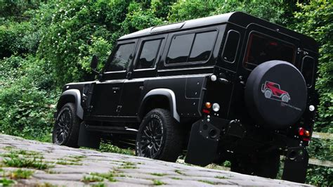 land rover defender 7 seater by kahn design carz tuning