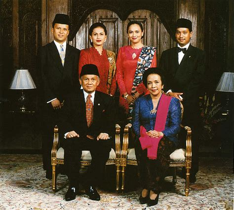 Ethnic Wear Muslim Batik Putra Ovi file habibie family portrait jpg wikimedia commons