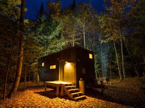 tiny house vacations these tiny homes are the vacation you ve always wanted