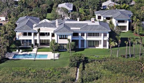 howard stern palm beach house exclusive palm beach manhunt properties of rush limbaugh howard stern searched