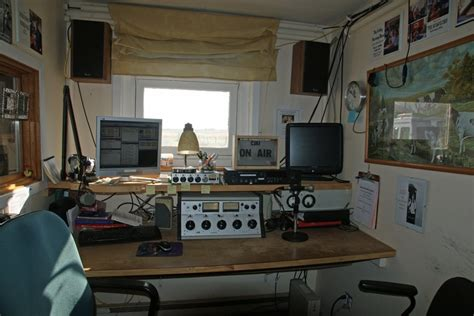 bedroom radio home made radio station in bedroom radio pinterest