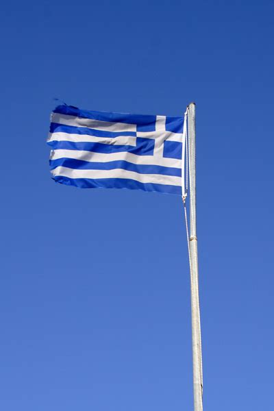 Det græske flag vajer på toppen af Leros' borg