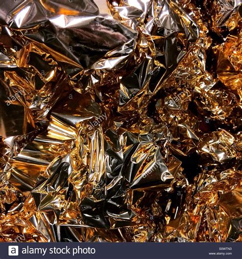 Metallic Folie Goud by Shiny Gold Foil Stockfotos Shiny Gold Foil Bilder Alamy