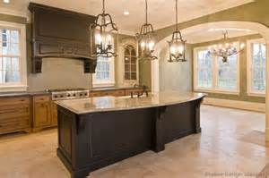 Granite Countertops Ideas Kitchen Pictures Of Kitchens Traditional Two Tone Kitchen