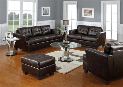 How To Get The Best Deals On 2017 Leather Sofas 2 How To Best Deals On Leather Sofas