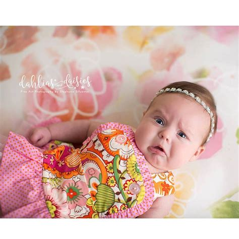 Foto Bayi 15 ekspresi foto bayi baru lahir ini bikin ngakak