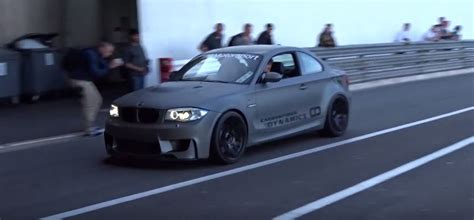 Bmw 1er Coupe Sound by Bmw 1m Coupe With Exhaust Sounds Like An Ak 47