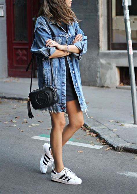 How To Wear A Jean Jacket Without Looking Like A Bag by Style Best Style Ideas With Denim