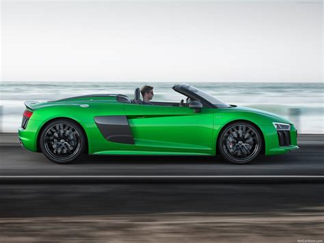 Audi R8 Spyder V10 plus (2018) picture 5 of 10
