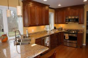 Best Colors For Kitchens by Trendy Paint Colors For Kitchen With Maple Cabinets From