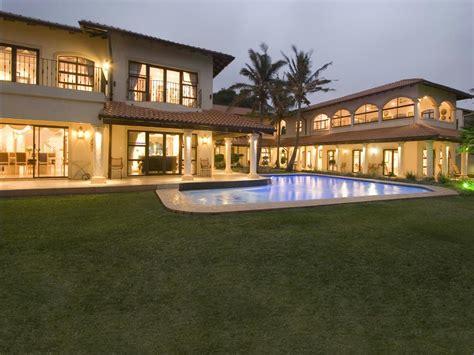 7 bedroom house for sale umhlanga rocks 1ug1204356