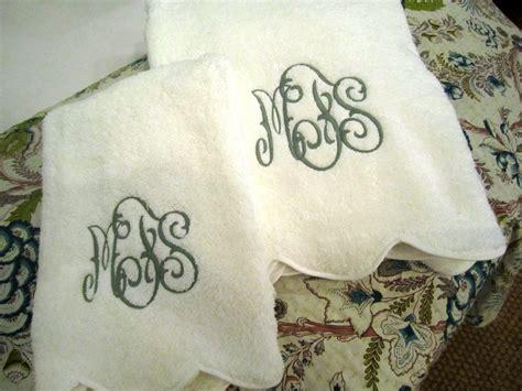 monogrammed bath towels monogrammed guest towels homesfeed