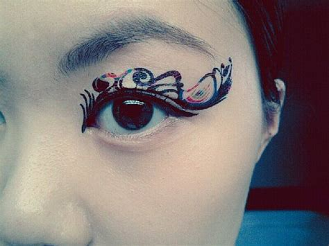temporary eye tattoos 25 best ideas about cat eye tattoos on nose