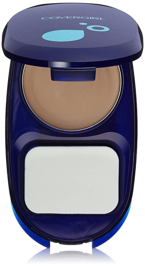 Covergirl Aquasmooth Foundation covergirl smoothers aquasmooth compact