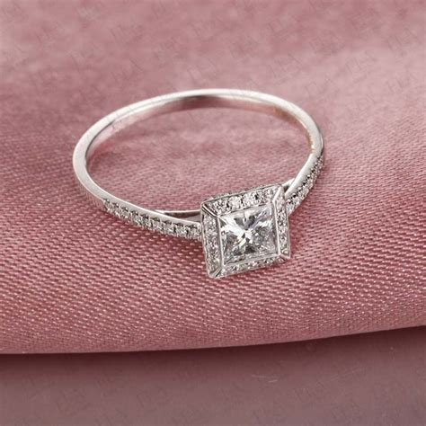 beautiful princess cut engagement ring on 10k