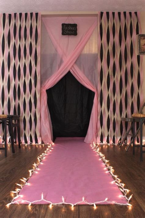 Fashion Show Decorations by Diy Fashion Show Runway For Birthday Diy Carpets Carpets And Entry Ways