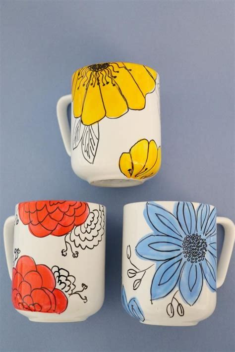 25  unique Painted mugs ideas on Pinterest   Oil based sharpie, Mug decorating and Sharpie mugs