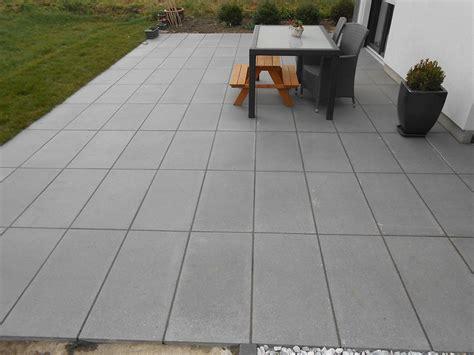terrasse natursteinplatten terrassenbau betonstein natursteinplatten garten
