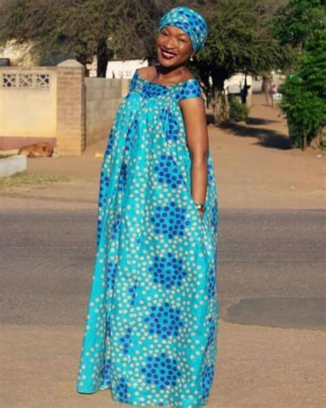 Simple Ankara Gowns For Nursing Mothers