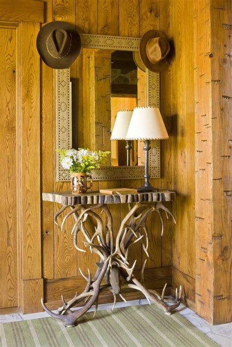 home decor antlers 28 cool ways to use antlers in home d 233 cor shelterness