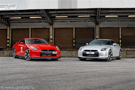 Big Time 2009 Nissan Gt R R35 nissan gt r r35 vs r34 dmfoto nu