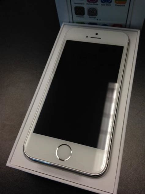 for sale at t iphone 5s 16gb silver white brand new