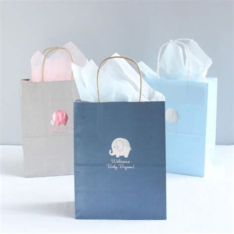 Personalized Gifts For Baby Shower by Best 25 Baby Shower Gift Bags Ideas On Tea