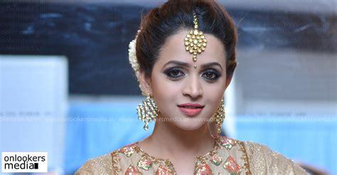 actress bhavana recent news oru visheshapetta biriyanikissa bhavana to play a pivotal