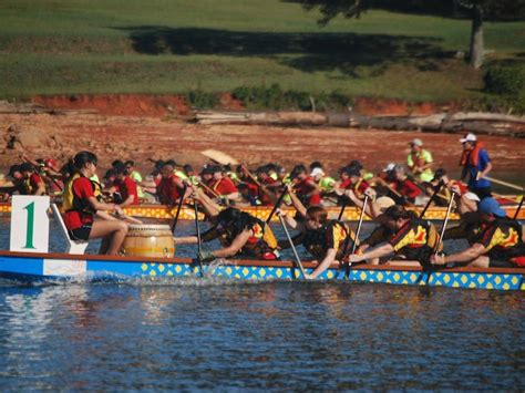 dragon boat lake lanier dragon boats return to lake lanier saturday accesswdun