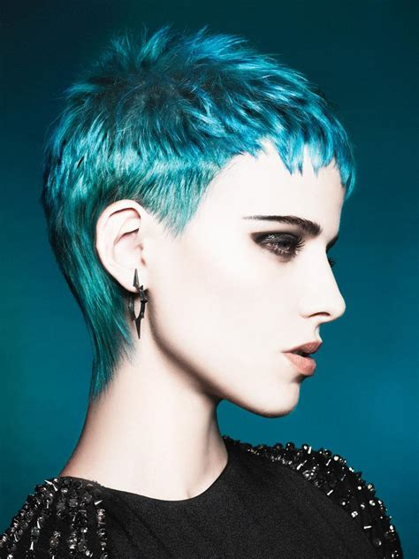 how to color a pixie cut short pixie cut in turquoise hair colors ideas