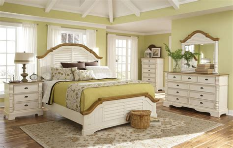 white cottage style bedroom furniture sanibel cottage style bedroom collection oleta white