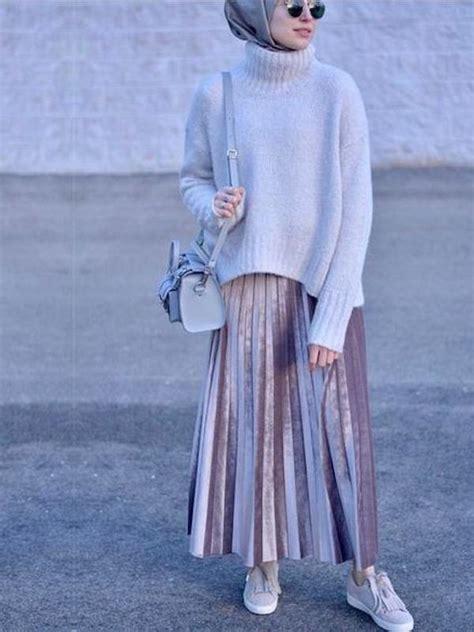 Busana Bikin Pede Seikova Skirt Pasti Kece 6 padu padan sweater oversize untuk cewek berhijab fashion bintang