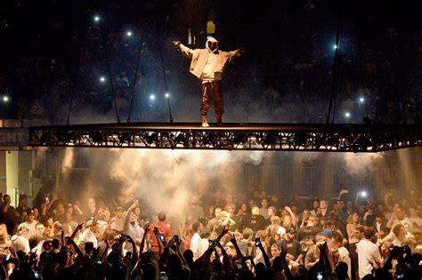 Kanye West Concert Square Garden kanye west cancels pablo tour after rant against