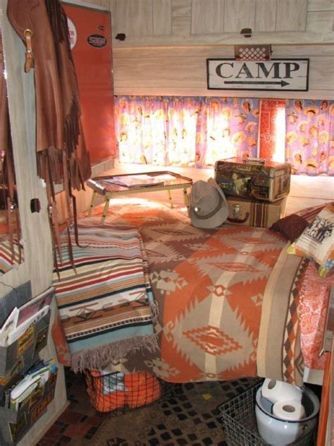vintage travel decor 1000 ideas about vintage trailer decor on pinterest