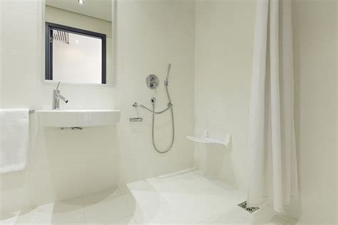 duschwanne barrierefrei altersgerecht und barrierefrei die bodengleiche dusche