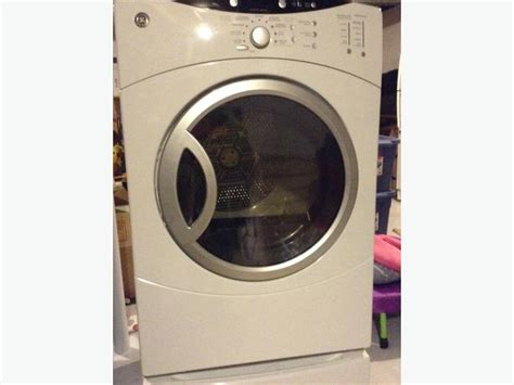 ge profile washer and dryer ge profile frontload he washer and dryer on pedestals nepean ottawa mobile