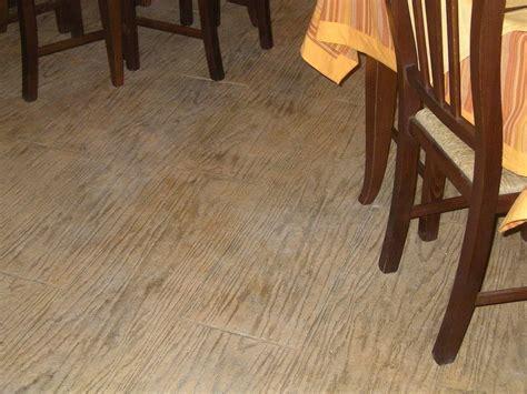 pavimenti in calcestruzzo per interni pavimento in calcestruzzo stato decotop overlay