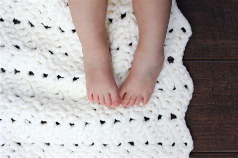 crochet comforter free modern chunky crochet blanket pattern beginner