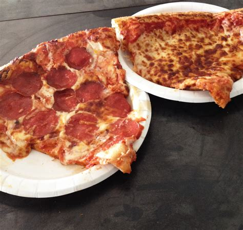 Costco Pizza Review: Exceptional Pizza at Low Prices » So