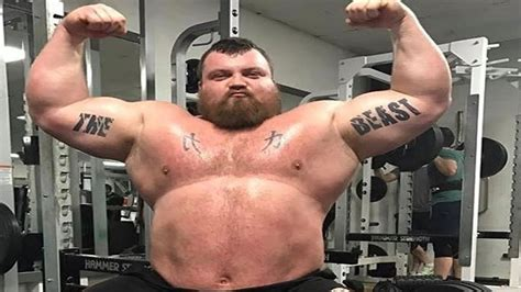 strongest man bench press world s strongest man bench press eddie hall getting ready for worlds strongest man 2017