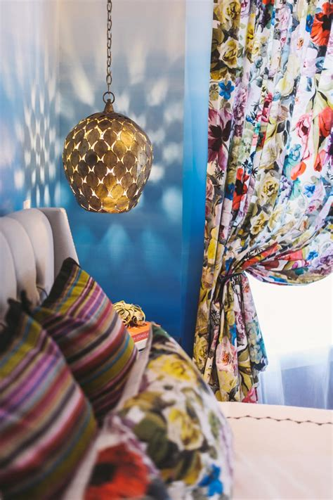 suzann kletzien eclectic bohemian master bedroom with ombre wall
